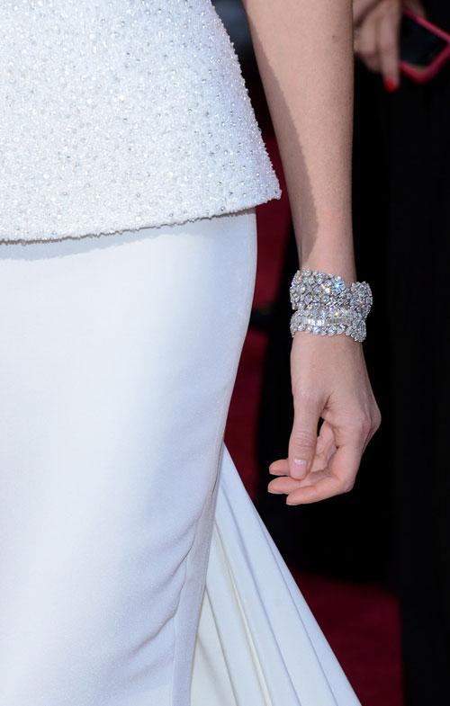 Charlize+Theron+Oscars+2013+Christian+Dior+3