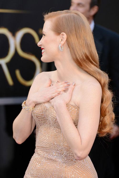 Jessica+Chastain+Armani+Prive+Oscars+2013+3