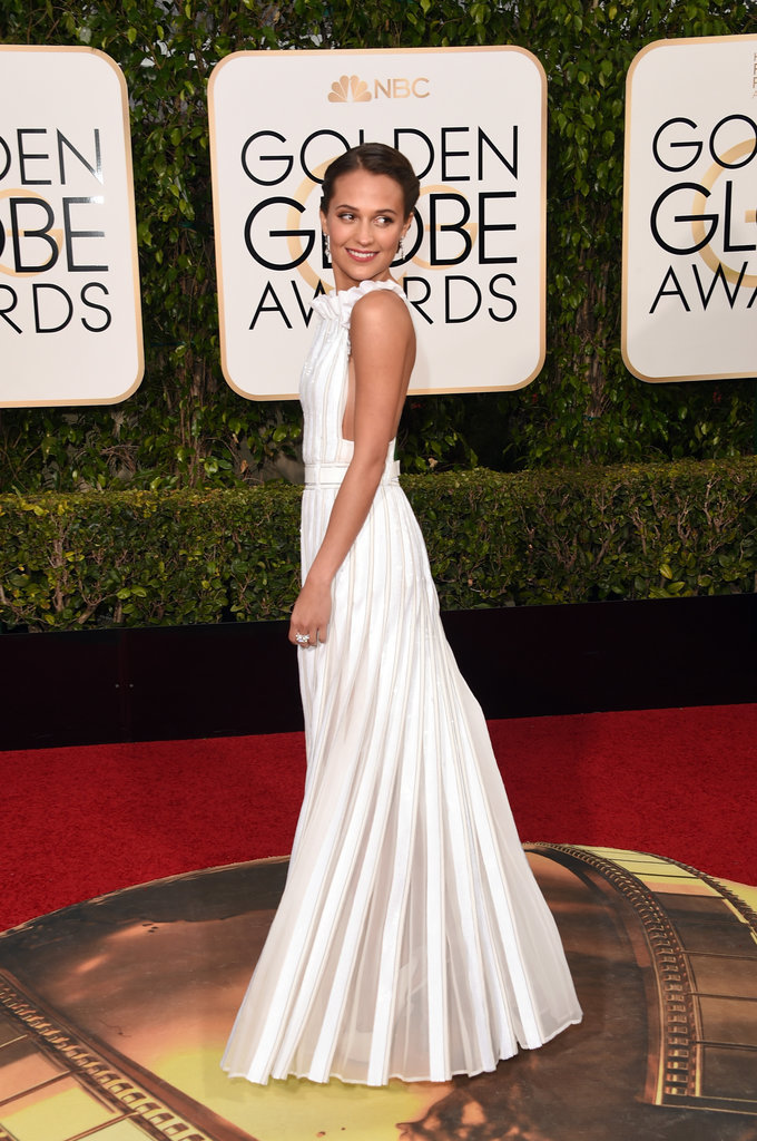 Alicia-Vikander-Dress-Golden-Globe-Awards-2016